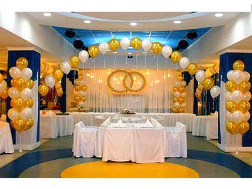 Как украсить комнату на золотую свадьбу своими руками