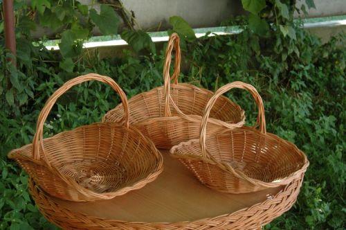 Корзины плетеные из лозы