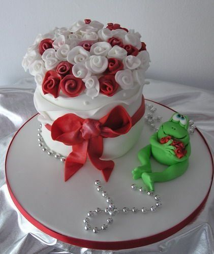 Торт и цветы фото