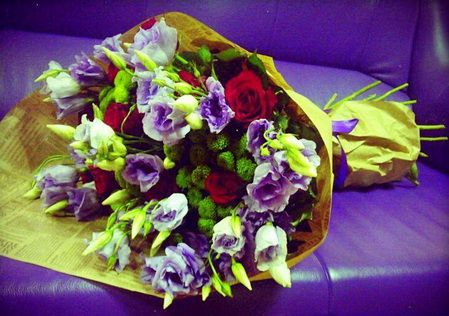 Заказать цветы с быстрой доставкой по Киеву