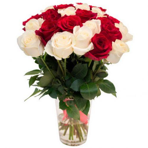 Доставка красных и белых роз Украина